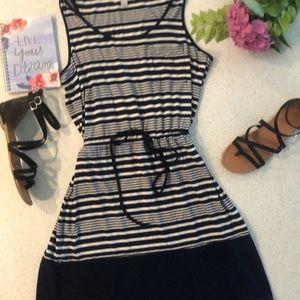 🍍 olive & oak tie waist dress
